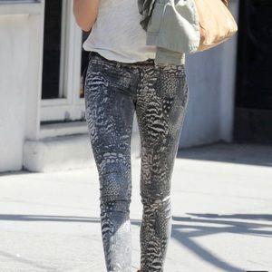 rag & bone Jeans - Rag & Bone Skinny Jeans Feather Print.